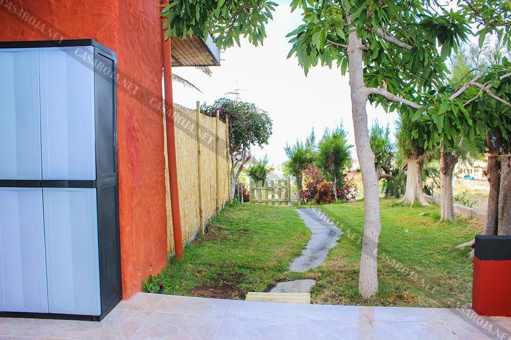 Vivienda G-2 jardin privado (2)